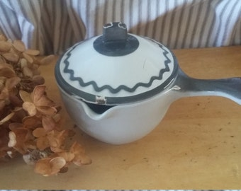 Small enamel cast iron butter/syrup warmer pot with handle and spout