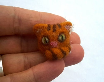 tiny needle felted cat, little felted cat