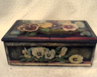 Lovely Vintage Biscuit Tin decorated with Pansies/ Flowers