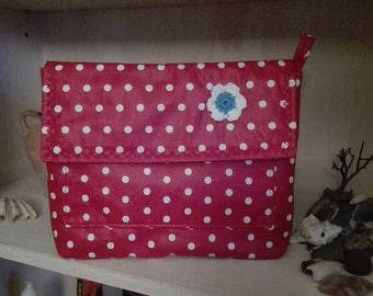 Great clutch made of coated cotton