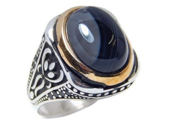 Man ring with onyx