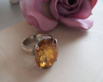 Finger ring, color: Topaz COGNAC AMBER, vintage ring, costume jewelry, antique-art, vintage art, Cabochon, CatEye, Rococo, Baroque, Gothic
