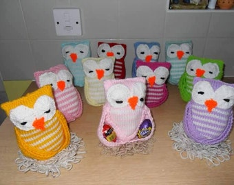 Knitted Easter Owl