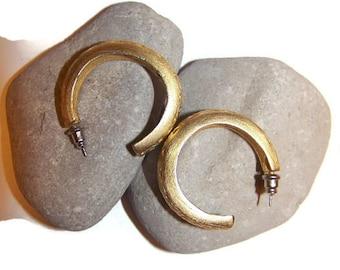 Vintage Gold Hoop Earrings, pierced earrings, hoops, gift for her, gold brushed earrings, hoop earrings, 3/4 hoop earrings, vintage costume