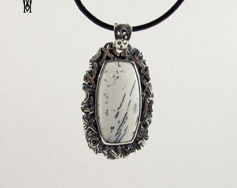 Sterling Silver 925 Handmade Pendant with white agate stone