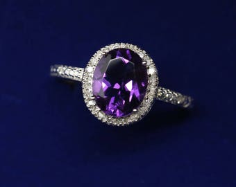 Adorable 9k white solid gold ring set with a natural amethyst 2.3ct and natural diamonds 0.15ct US size 8.25