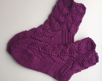 EUR Size 30 / US 12.5 / UK 11.5 / Handknitted Warm Wool Socks, Purple, Lace Knit