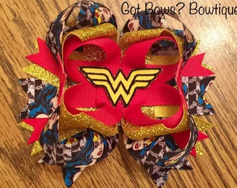 Wonder Woman Stacked Boutique Bow