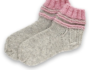 Bed socks, indoors slippers | simple, nice and warm, colors- grey, pink