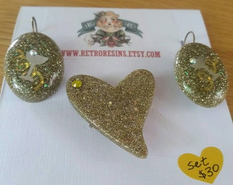 Glam Gold Glitter set **sale** // Brooch and matching earrings