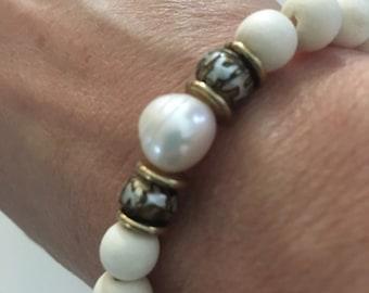White Boho Bracelet, beaded, pearl, neutral, ivory, stretchy