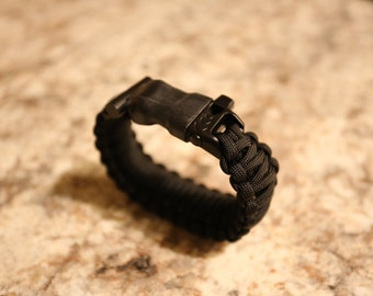 Ultra Paracord Bracelet (Black)