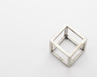 Cube Charm - CE14