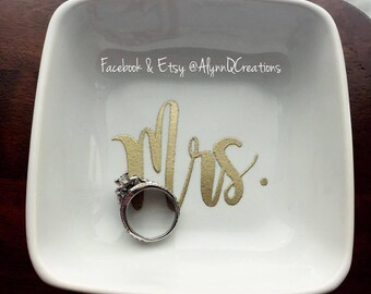 Gold Embossed Mrs. Ring Dish