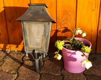Outdoor luminaire vintage Lantern metal and glass bulb pins