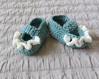 Baby booties, 0-6 months,  hand crocheted, mary janes, cotton/linen yarn, baby shower gift