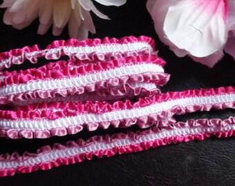 1/2 inch wide Wavy Edge Fabric Ribbon 1 yard and 17 inch cut