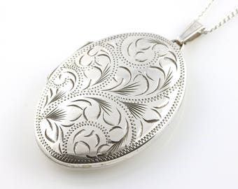 Large Vintage Sterling Silver Oval Locket & Chain