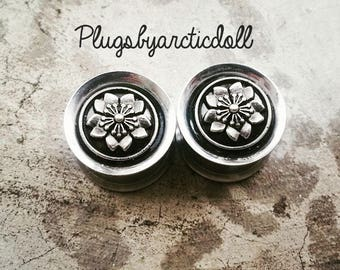 Pair of plugs 14mm Sakura cherry blossom
