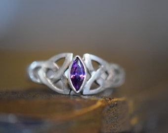 Purple Gemstone Vintage Celtic Triangle Knot 925 Silver Ring, US Size 6.0, Used