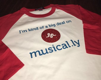 I'm Kind of a Big Deal on Musical.ly in Glitter Raglan Sleeve T-Shirt