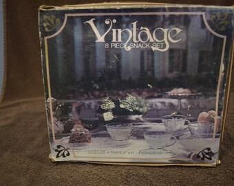 Vintage Anchor Hocking Snack Set