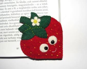 Wool Felt Strawberry Corner Bookmark, Corner Bookmark, Strawberry Bookmark, Birthday Gift, Teacher Gift, School Bookmark, Handsew Bookmark