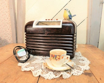 COLLECTION ONLY - Bush Bakelite Radio - Vintage Radio - Working Order!