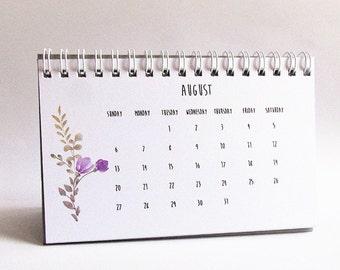 2017 Calendar, Calendar 2017, 2017 Desk Calendar, Coworker Gift, Calendar, Desk Accessories, Gift for Her, Best Friend Gift, Teacher Gifts