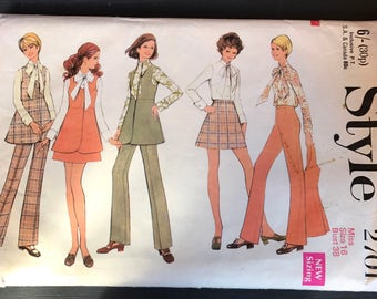 Vintage Style 1970 Trouser/Skirt Suit Pattern 2701