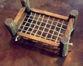 Newborn log bed prop