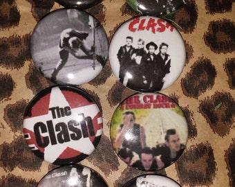 8 Clash Button set