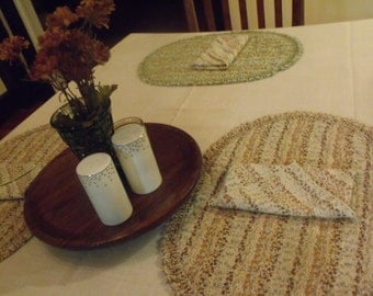 Retro 70's Quilted Ruffled Cotton Place Mats and Napkins in Earth Tones
