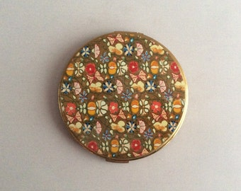 Vintage large compact with mirror