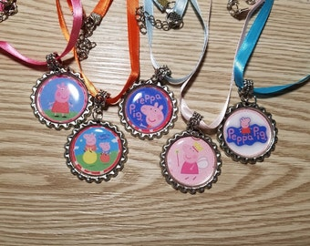 10 Peppa Pig Necklaces Party Favors