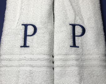 Monogrammed hand towel set / Bath towels / Personalized towels