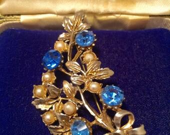 Vintage Jewellery, Vintage Brooch, Rhinestone and Seed Pearl Brooch Pin, Floral Brooch, Vintage Pin, Vintage Jewelry