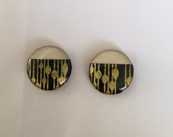 19mm Bamboo/Black & Gold Detail Resin Studs