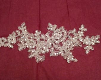 ivory bridal wedding sequined lace Applique / floral ivory sequins tulle lace motif is for sale .Sold By per piece