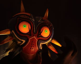 Majora's Mask Legend of Zelda Glowing Eyes cosplay costume Birthday Halloween Christmas gift video game wearable collectible
