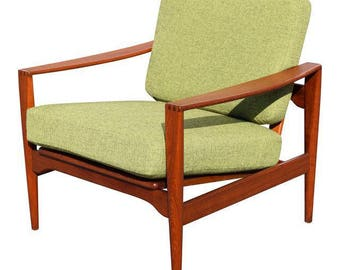 Vintage Mid Century Danish Modern Teak Lounge Chair by Illum Wikkelso