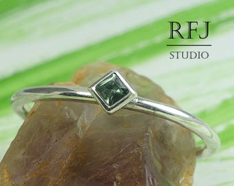 Kite Synthetic Tourmaline Silver Ring, October Birthstone Princess Cut 2x2 mm Green Tourmaline Classic Promise Ring Rhombus Setting Stacker