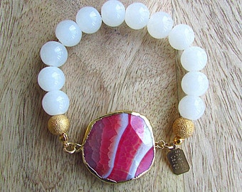 Beaded bracelet, stretch bracelet, geode bracelet, gift for her, whimsical style, white jade beads, agate pendant, holiday jewelry