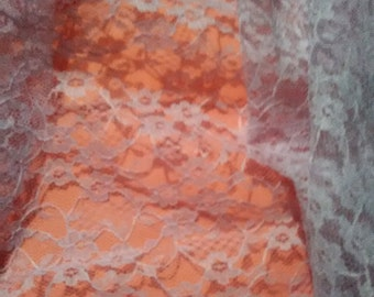 purple lace / vintage lace / vintage fabric