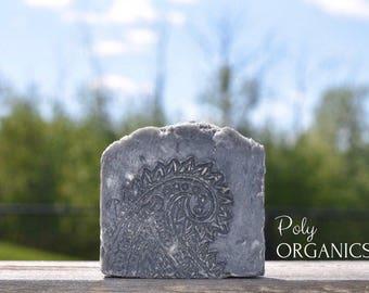 Activated Charcoal Handmade Soap (Organic soap, Vegan soap, antibacterial soap, made in Canada)
