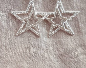 Star earrings, star dangle earrings, silver star earrings, silver star, star drop earrings