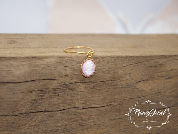 Cameo ring, romantic ring, gold ring, handmade cameo, unique ring, handmade ring, gold, made in Italy, not tarnish jewelry, gift for her