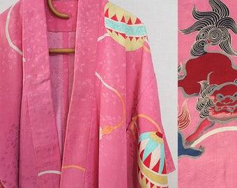 second hand juban, garment worn under kimono, Japanese vintage juban for women, pink, 'temari' and 'karajishi'