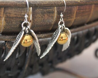 The Snitch earings Harry Potter