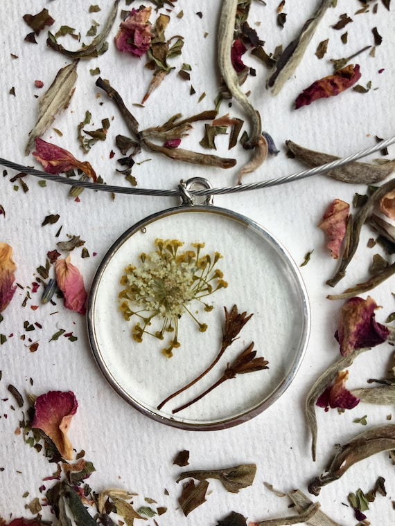 seed pod, dill weed flower, and queen anne's lace necklace